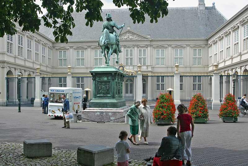 مراسم سلطنتی کاخ نوردینده - هلند