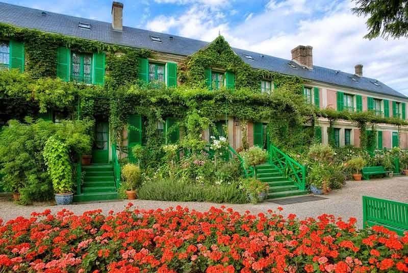 خانه مونه در ژیورنی