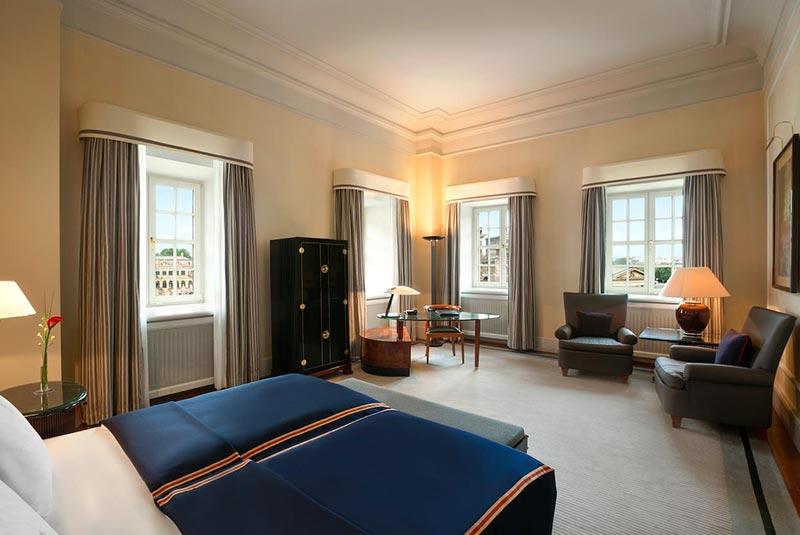 هتل تاشنبرگ - درسدرن