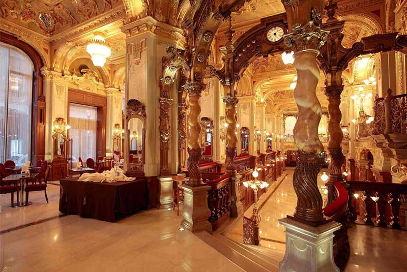 هتل کاخ نیویورک - مجارستان