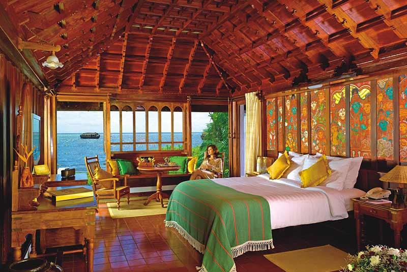 هتل دریاچه کوماراکوم - هند