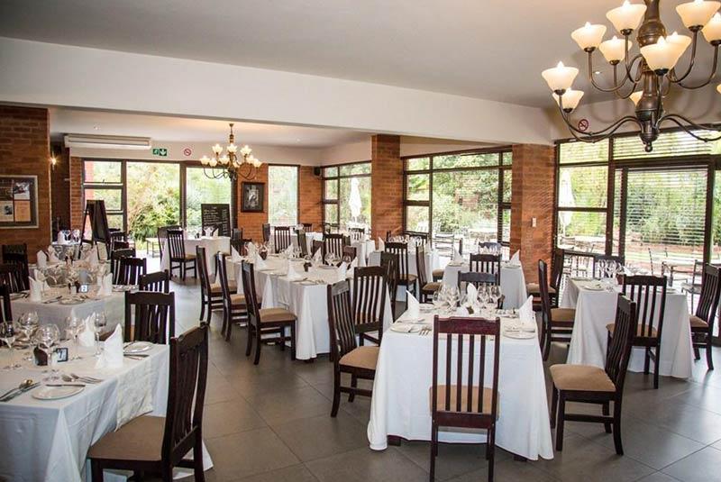 رستوران همینگوی