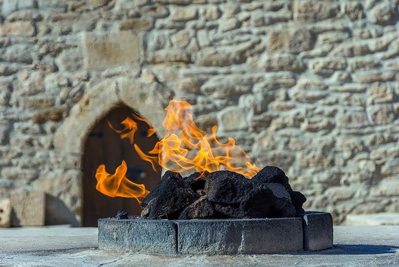 آتش نماد آذربایجان