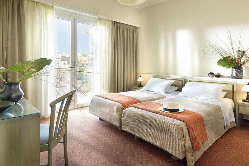 هتل آدریان - پلاکا آتن