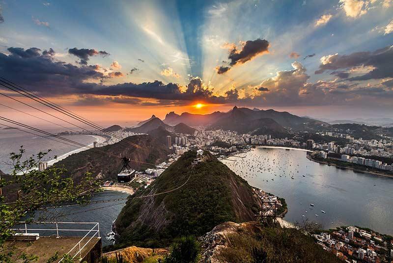 غروب خورشید در ریودوژانیرو
