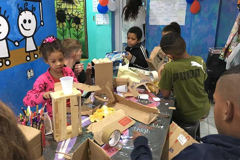 کارهای داوطلبانه در ریودوژانیرو