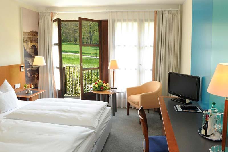 هتل قلعه اکبرگ - درسدرن