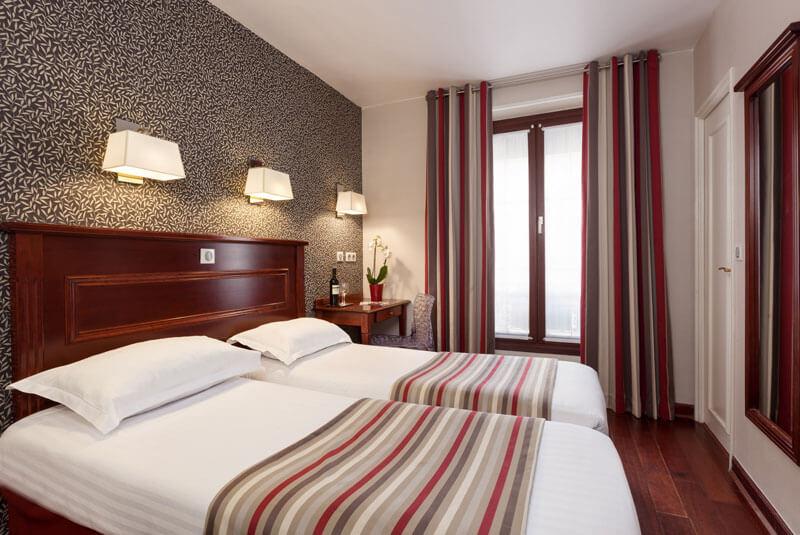 هتل ایفل ریو گاوچ