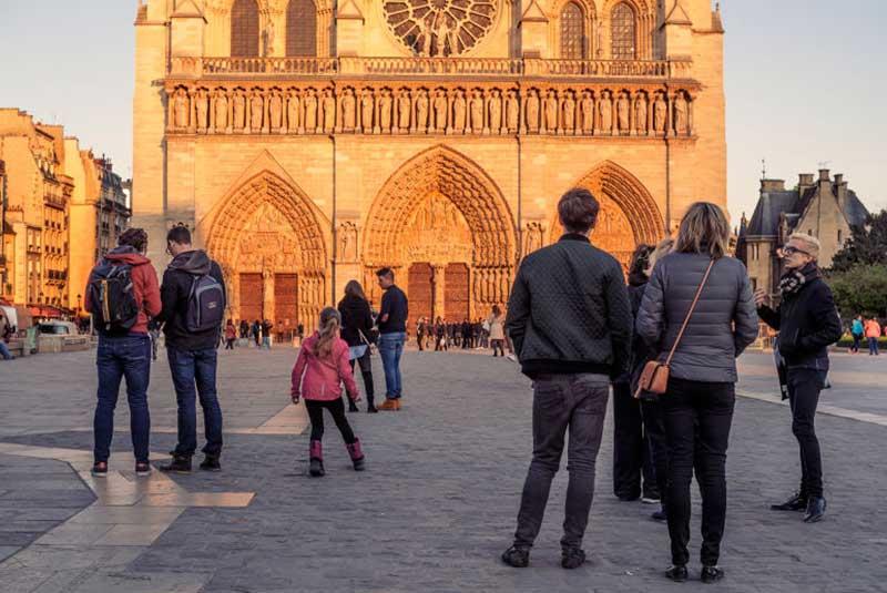 گردش در پاریس در سه روز