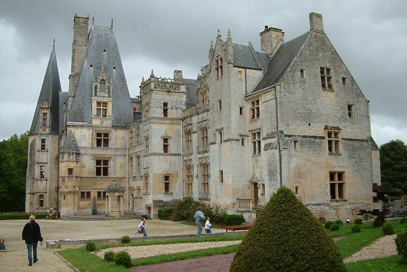 قلعه فونتین آنری - نرماندی