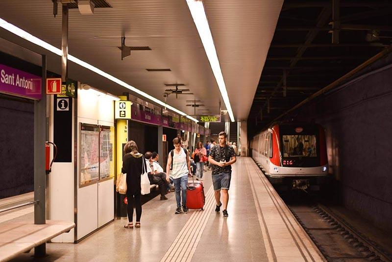 مترو در بارسلونا