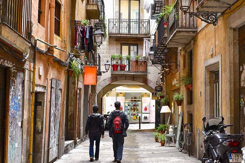 گشت و گذار در بارسلونا