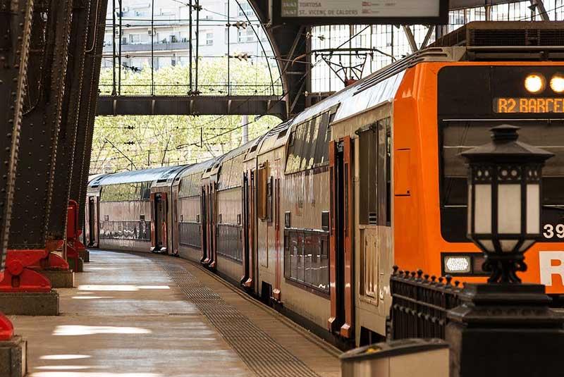 قطار در بارسلونا
