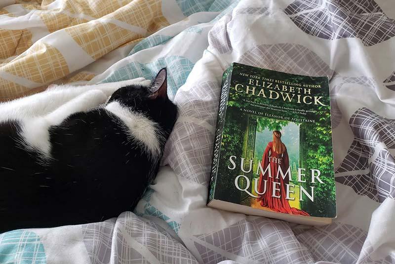 کتاب ملکه تابستان
