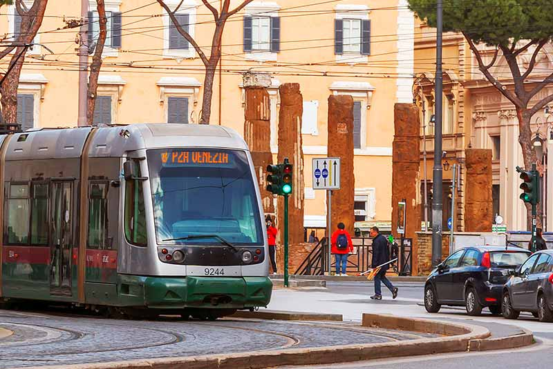 سیستم حمل و نقل در رم