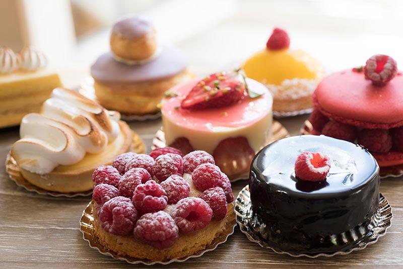 شیرینی های خوشمزه پاریسی