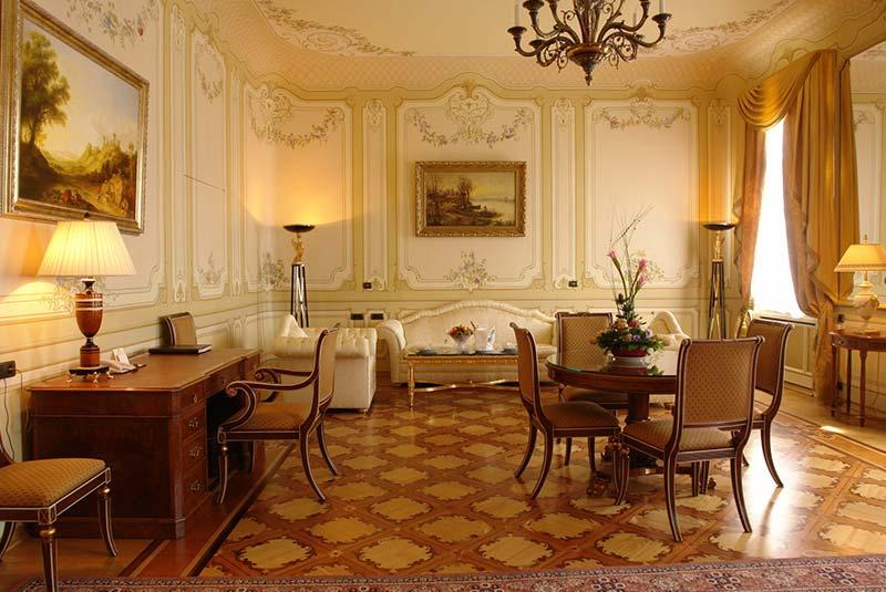 هتل تالئون ایمپریال - سن پترزبورگ