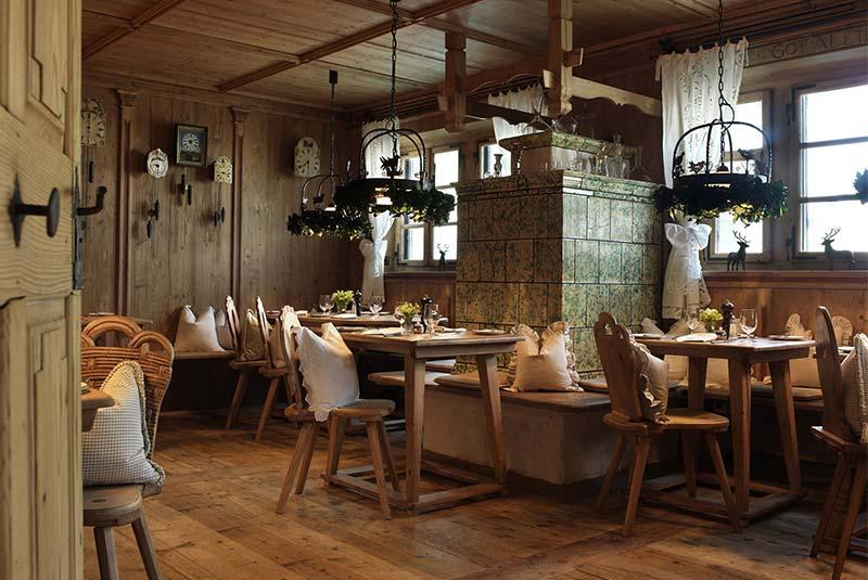 رستوران دورفشتوبه - دوسلدورف