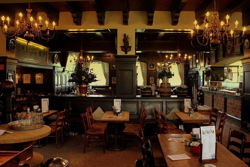 رستوران بروئری فردیناند - دوسلدورف