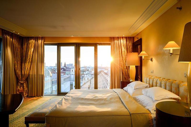 هتل بایریشرهوف - مونیخ