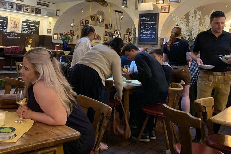 کافه رستوران مثلث در آلتستاد - سالزبورگ
