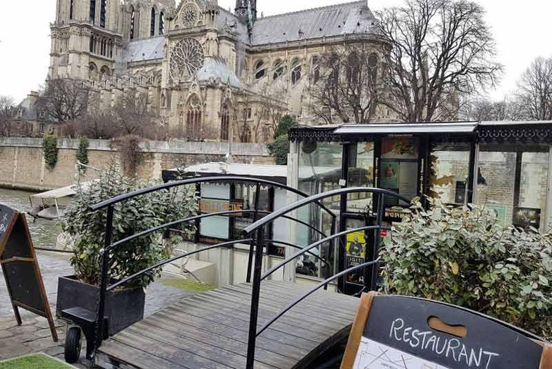 رستوران دریایی لا نول سن - پاریس