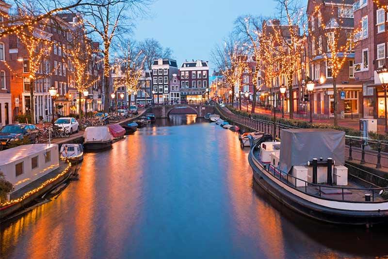سفر به آمستردام قبل از 30 سالکی