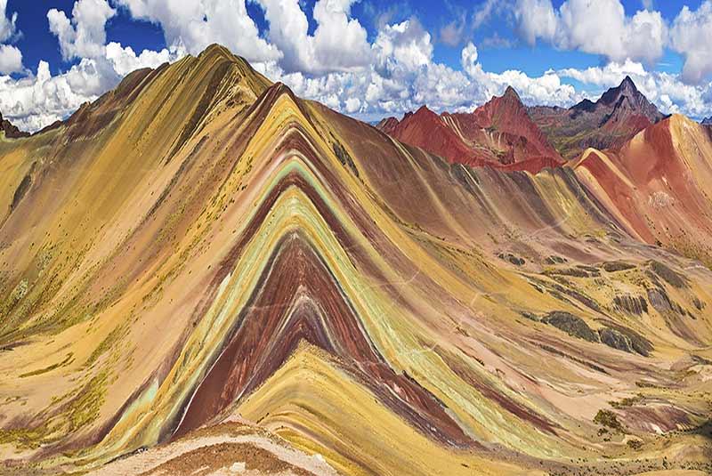 کوه وینیکونکا - پرو