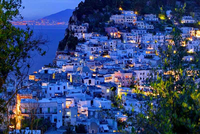 سفر به ایتالیا از خانه