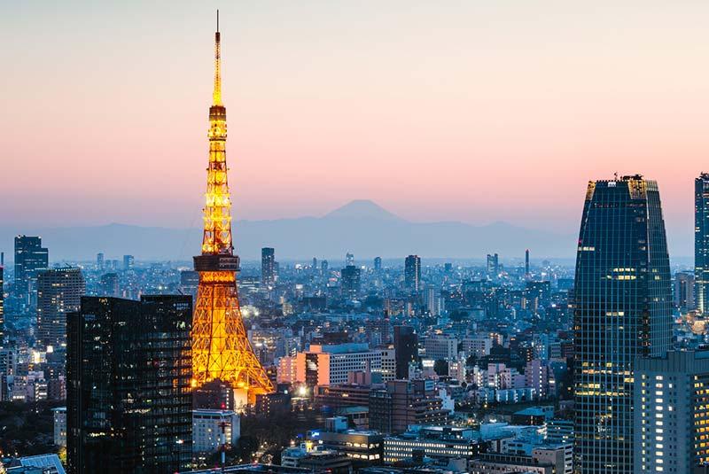 سفر به توکیو در خانه