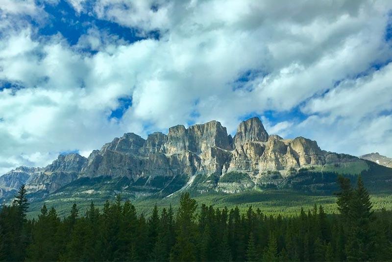کوه قلعه، کانادا