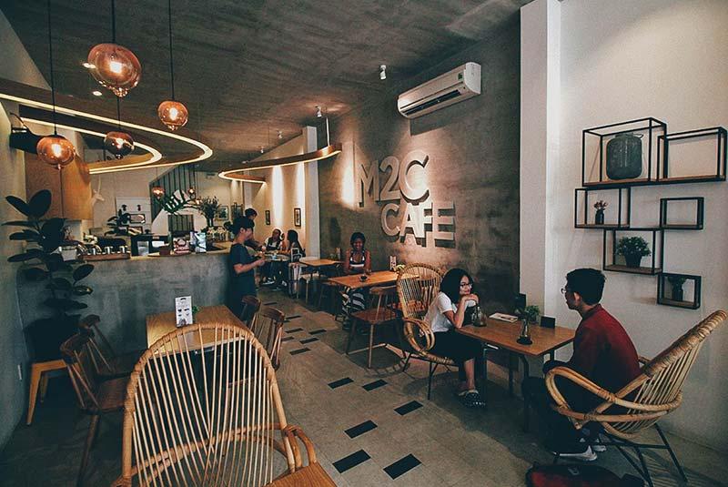 کافه ام ۲ سی - هوشی مین