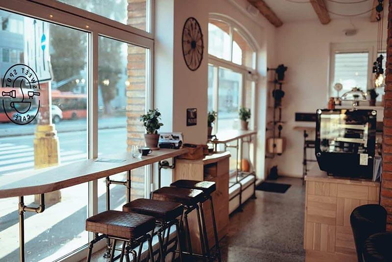 کافه های براتیسلاوا