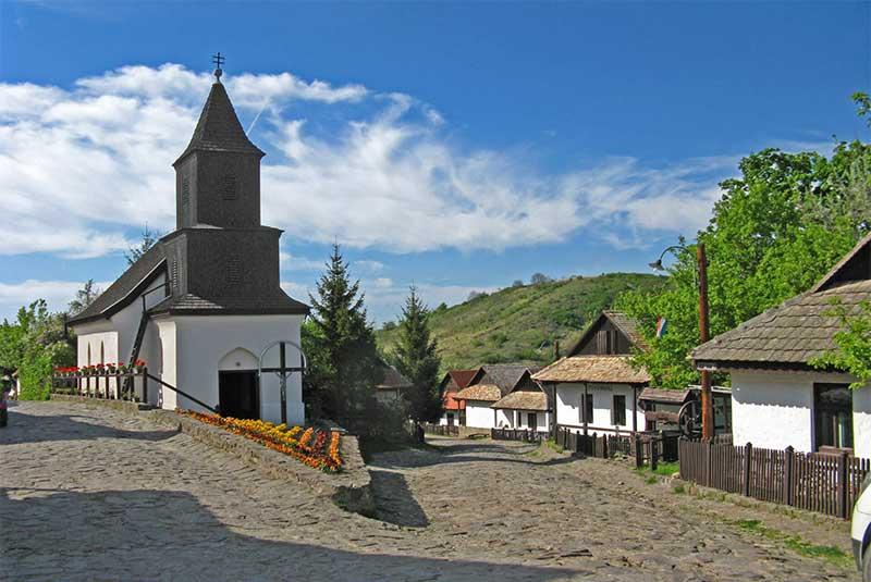 روستای هولوکو - مجارستان
