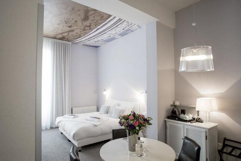 هتل استادزویلا موزایک لاهه