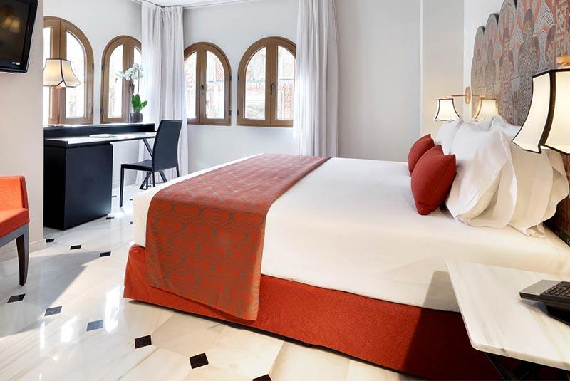 هتل کونکیستادور - کوردوبا