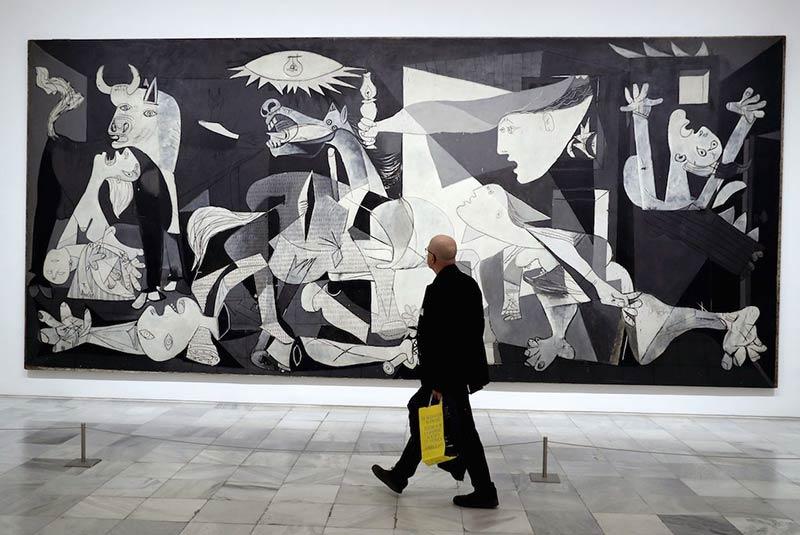نقاشی معروف پیکاسو - گرنیکا