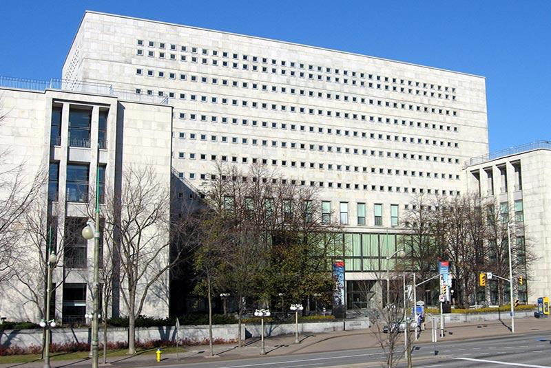 کتابخانه و آرشیو ملی کانادا