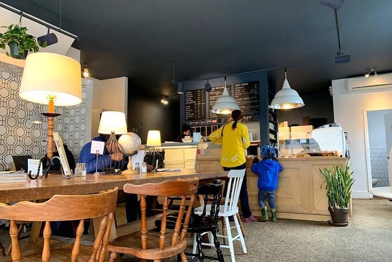 کافه برولوار - مونترال