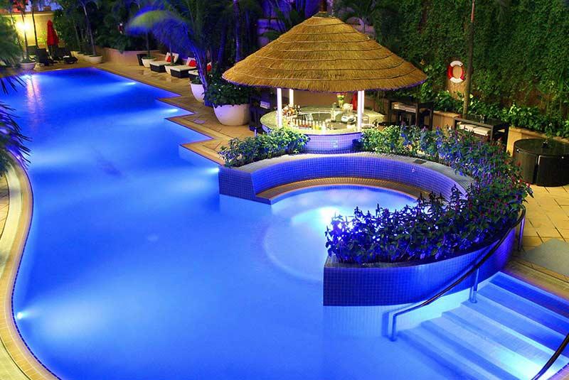 کاراول سایگون هتل