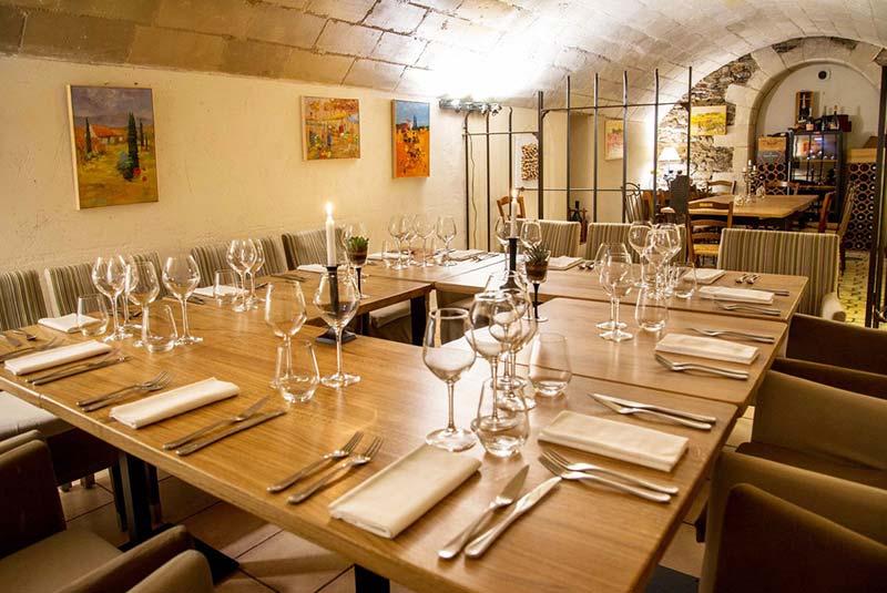 رستوران های آنژه - فرانسه