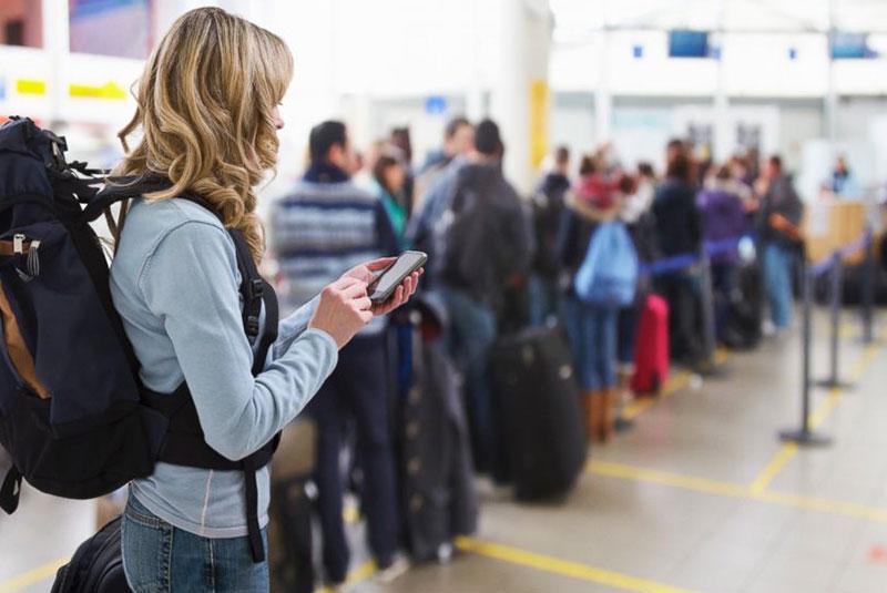 صف های طولانی چک-این فرودگاه ها
