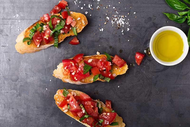 دستور پخت بروسکتا - غذای ایتالیایی