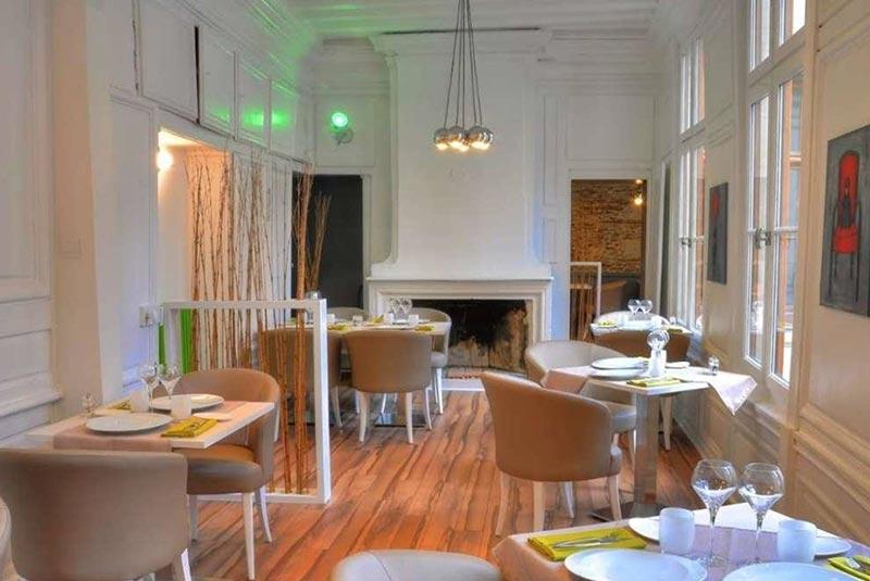 رستوران دیز سِتیِم - آنژه