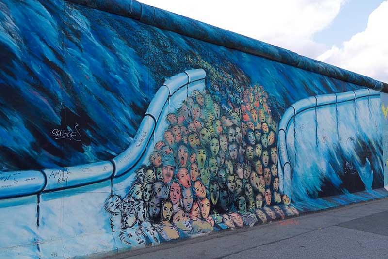کانی علوی - دیوار برلین