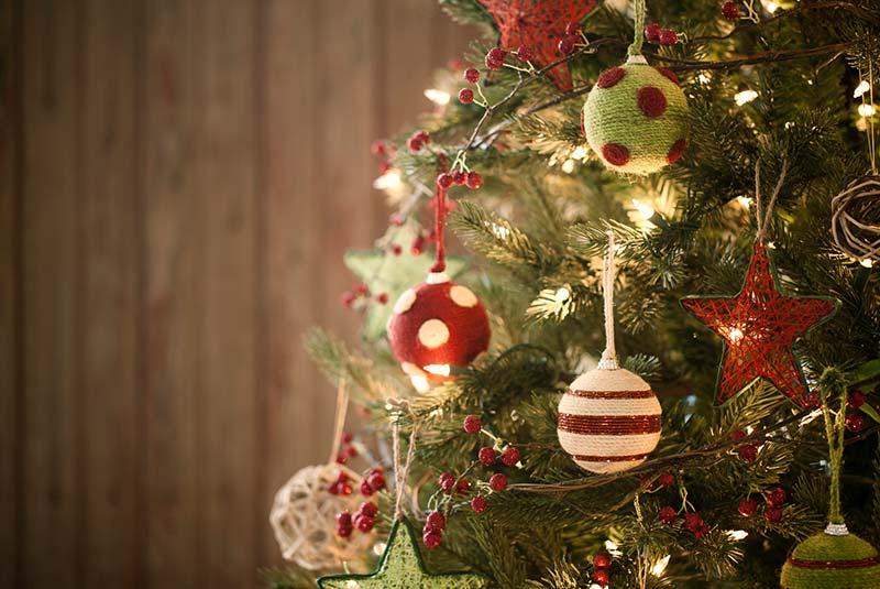 فرق نمادهای کریسمس و نوروز