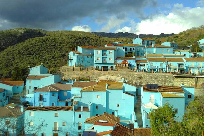 خوزکار - شهر رنگی اسپانیا