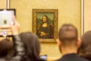 تابلو نقاشی مونا لیزا در موزه لوور پاریس