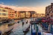 کانال های آبی ونیز European Glimpse