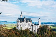 قلعه نایشوانشتاین در آلمان